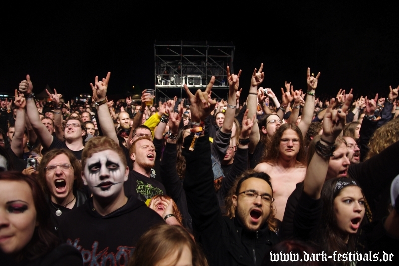 powerwolf-05-2014-09