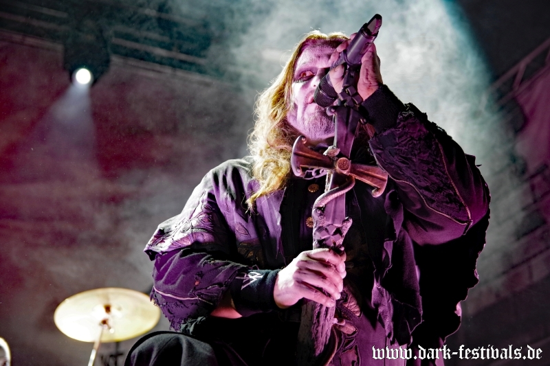 powerwolf-01-2017-01